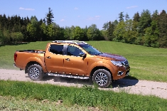 Nissan propose une nouvelle version du pick-up Navara N-Guard
