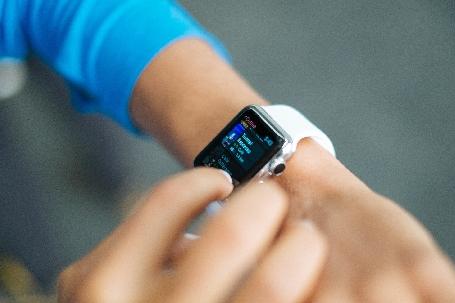 Vous l´attendiez? Samsung l´a fait, découvrez les nouvelles montres connectées de Samsung!