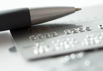 Pendant les soldes pensez a la nouvelle carte de paiement de Banque BCP