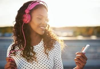 Saviez-vous que vous pouvez écouter tous vos artistes préférés, en vous connectant sur la page d'Universal Music ?