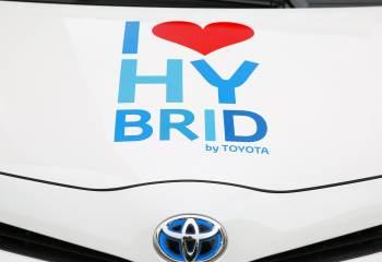 Présentation du RAV4 Hybride de Toyota