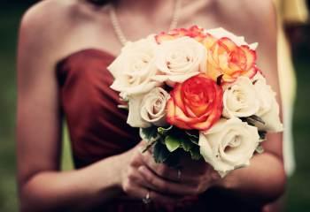 Dites-lui «je t'aime» avec un bouquet de fleurs par Interflora!