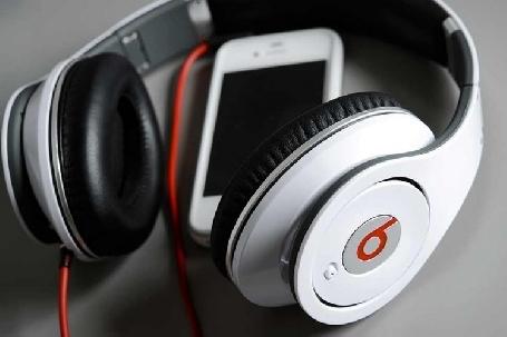 Apple achète la marque d´écouteurs du rappeur Dr Dre