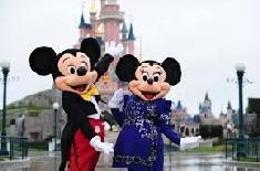 Disneyland se prépare pour son soixantième anniversaire !