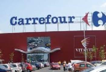 Réaction à l'ouverture de Carrefour Saint-Brieuc durant 6 jours fériés
