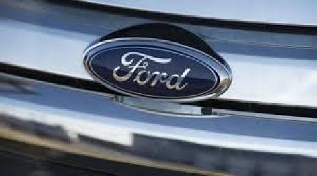 Rappel de 442 000 véhicules de Ford pour deux types de problèmes en Amérique du Nord
