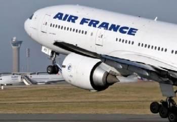 Un Boeing d'Air france a perdu une plaque de métal au-dessus de Shanghai