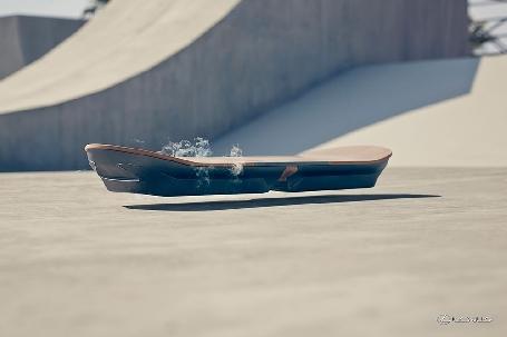 Lexus dévoile son hoverboard