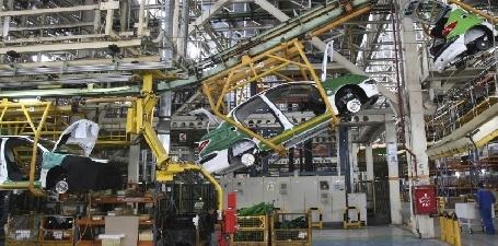 Les constructeurs automobiles européens convoitent l'Iran