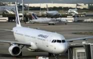 Air France a démenti vouloir supprimer...
