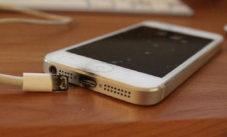 Un jeune français assure avoir été brûlé par son iPhone