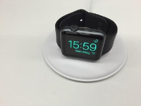 Une station de chargement magnétique pour l'Apple Watch bientôt disponible en France