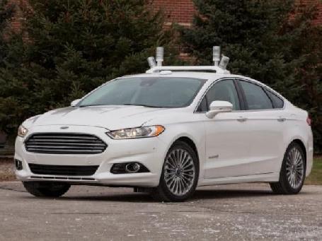 Ford commencera des tests pour sa voiture autonome