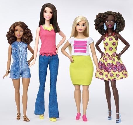 Mattel annonce que les poupées Barbie vont se décliner dans des nouvelles versions