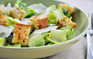 Certaines salades de McDonald's seraient plus caloriques qu'un double Big Mac