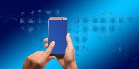 Présentation des smartphones les plus innovants au Mobile World Congress