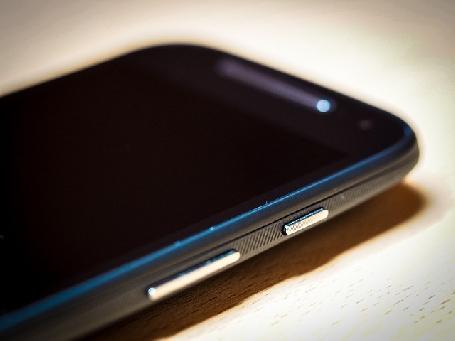 Motorola annonce la sortie de deux nouveaux smartphones