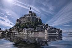L'archange du Mont Saint-Michel de nouveau au sommet de l'abbaye