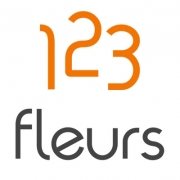 Contactez 123Fleurs.com dans notre centre d'appel du lundi au vendredi de 10h00 à 18h00