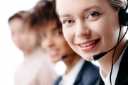 Nous vous fournissons le numéro de téléphone du service à la clientèle S & H