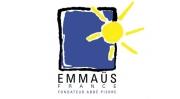 Appelez l'association Emmaüs