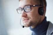 Nous avons le téléphone du service client NTN SNR
