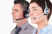 Appelez le service clients Ugitech par téléphone